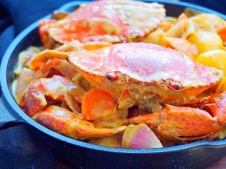 泰式椰浆土豆咖喱蟹,近看