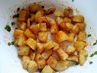 孜然土豆,炒匀即可出锅