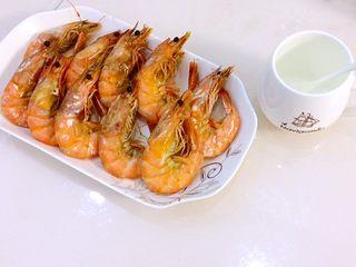 清蒸海飞蟹,顺带着又煮了一盘虾