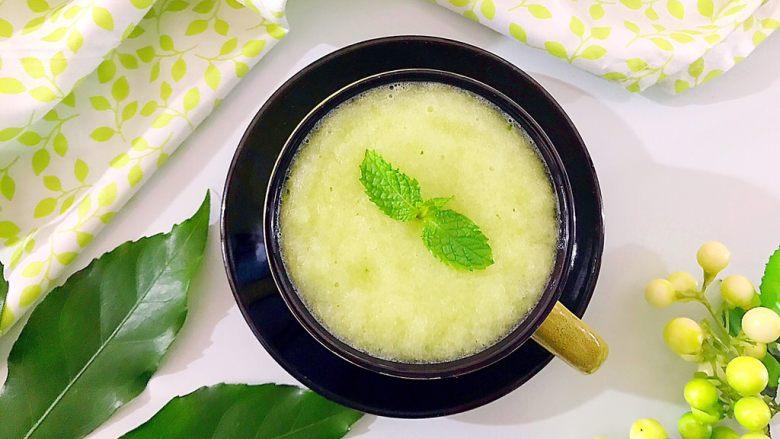 健康饮食之香梨西芹黄瓜汁