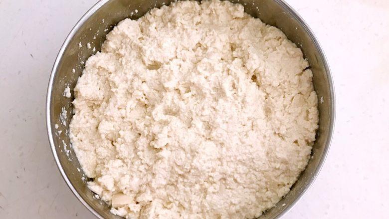 什锦肉末豆腐蒸糕,把水豆腐压成泥