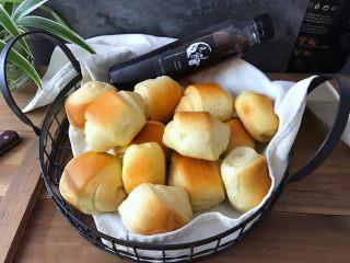奶香石头小面包