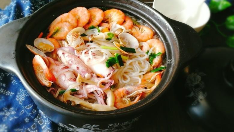 海鲜红薯粉丝煲