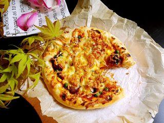 鸡肉海鲜披萨,成品