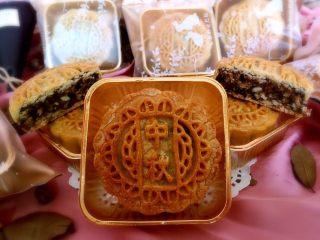传统伍仁馅,做出来的月饼太美味了!