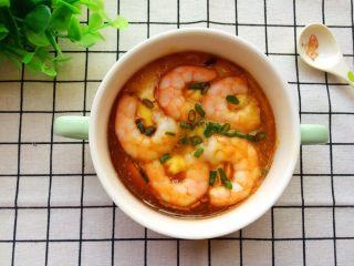 #辅食#虾仁蒸蛋羹,蒸熟,吃的时候淋上2滴香油,少许儿童酱油。(小宝宝吃就不要加酱油了。)