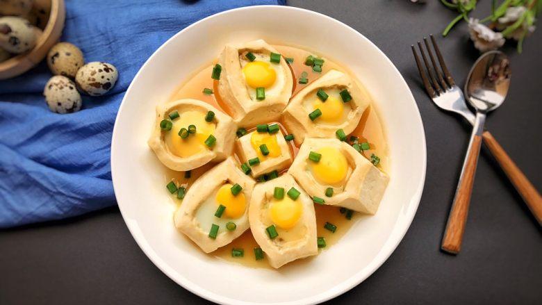 吃豆腐~豆腐窝蛋