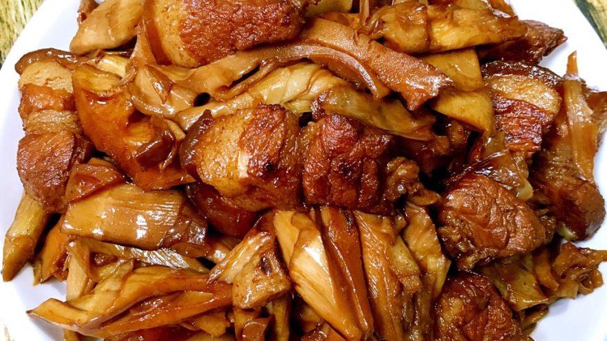 笋干焖五花肉