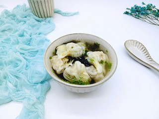 #咸味#紫菜虾皮鲜肉小馄饨