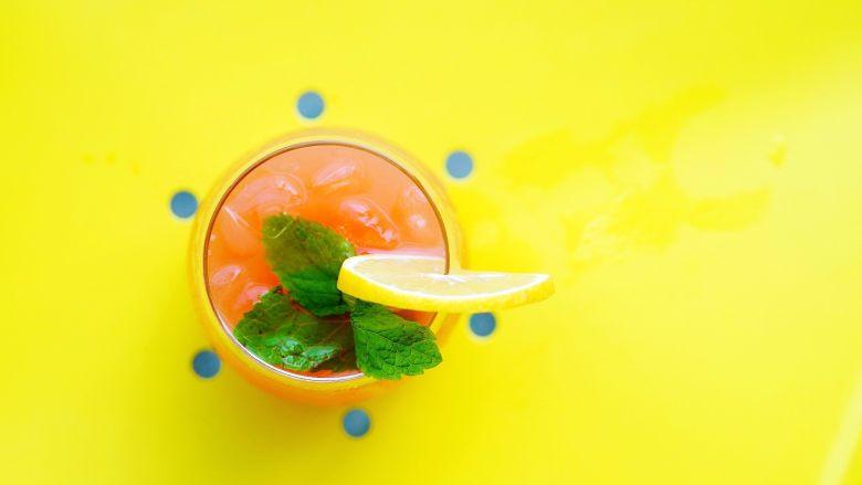 夏日红柚季!比基尼少女的鸡尾酒