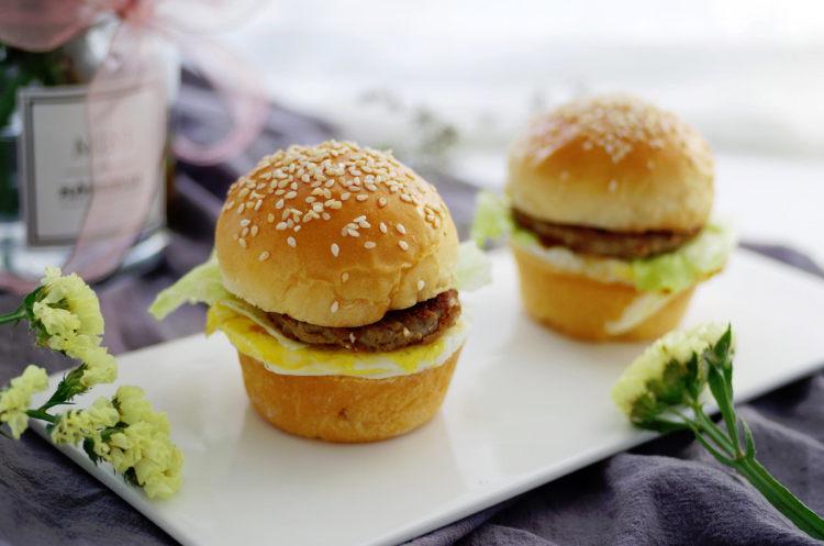 牛肉小汉堡