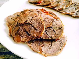 #咸味#  老天津卫特色酱牛肉,成品图