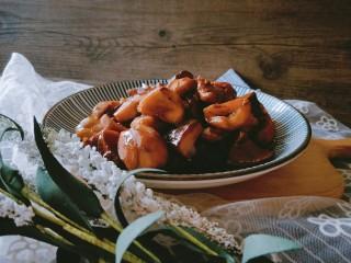 香菇板栗焖鸡腿,配米饭吃两大碗哦~