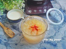 姜汁冰糖炖燕窝