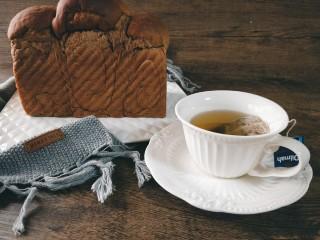 巧克力奶油吐司,密封保存一夜,第二天的早餐就有啦~