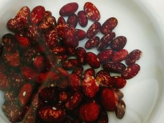 甑糕,花豆或者红腰豆浸泡十几个小时以上 豆子超级难泡要久一点