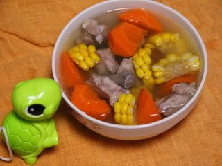 胡萝卜玉米排骨汤,成果图,小乌龟都来啦,哈哈。