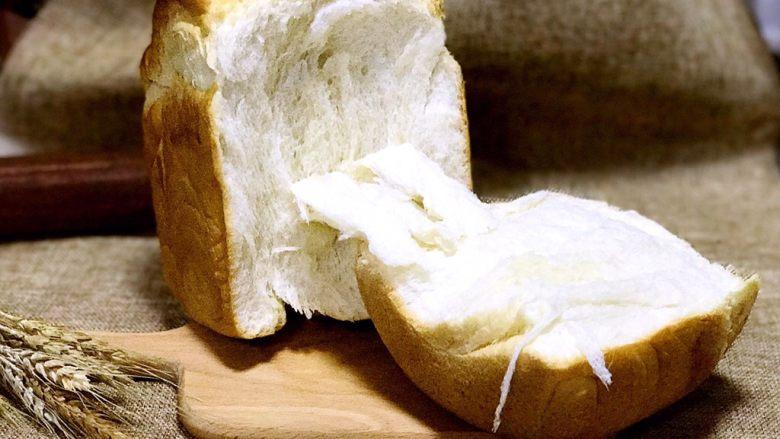 北海道中种吐司,撕开来奶香四溢,分分钟被抢光的节奏!