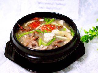 一碗汤+海鲜豆腐鸡蛋煲