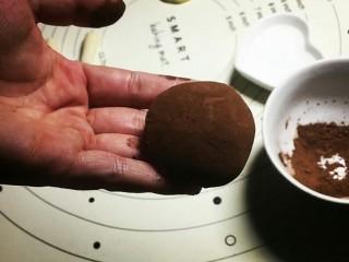 香菇馒头包,如图所示!薄薄一层,水也不能多!