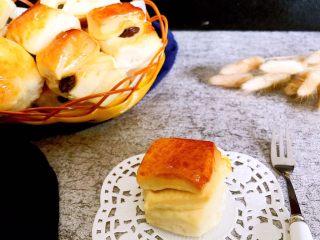 口袋面包仔,小小的面包,带去旅游最好了~方便吃,也不会弄脏车
