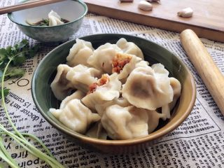 胡萝卜大葱猪肉饺子,煮饺子好简单又喜欢做的事情;