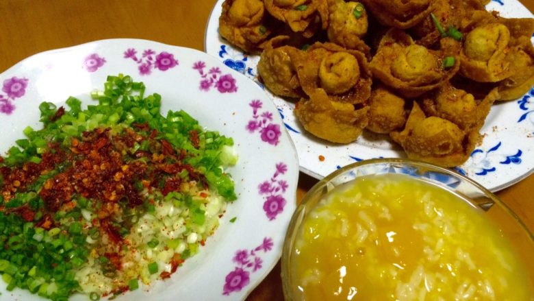 南瓜粥and炸馄饨