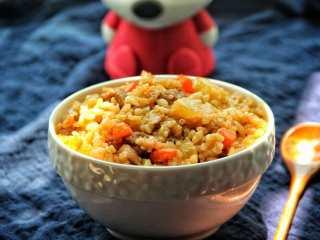 五花肉胡萝卜土豆焖饭