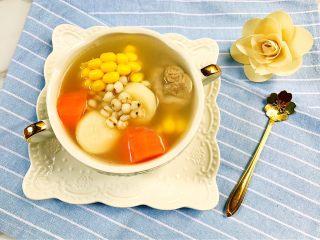 必备汤品——祛湿清润猪筒骨汤,一碗祛湿清润秋季汤品就完成了