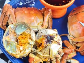 清蒸大闸蟹,满满的黄,超鲜呢!