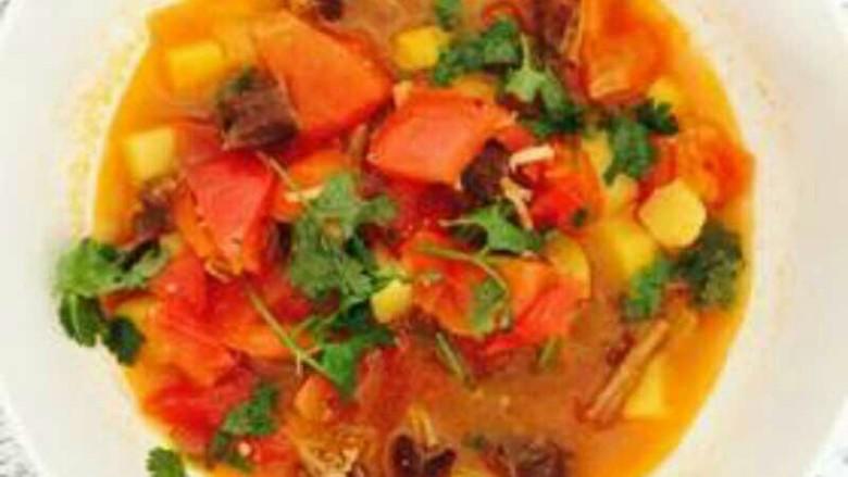 早餐+牛肉炖柿子