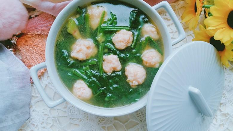 虾丸菠菜汤,鲜美,暖身。