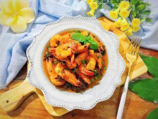 酸甜可口梅汁开背虾,按照芽芽的惯例,还是要美美的摆拍一下的!