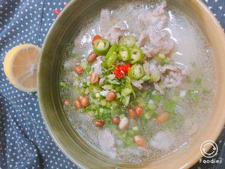 梅花肉煮米粉