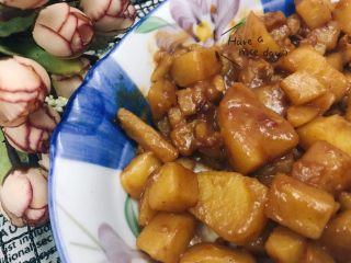 红腐乳焖土豆