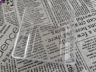 Q糖牛奶布丁,准备一个透明的方盒,玻璃杯也可以。