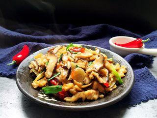 家常香菇炒鸡肉