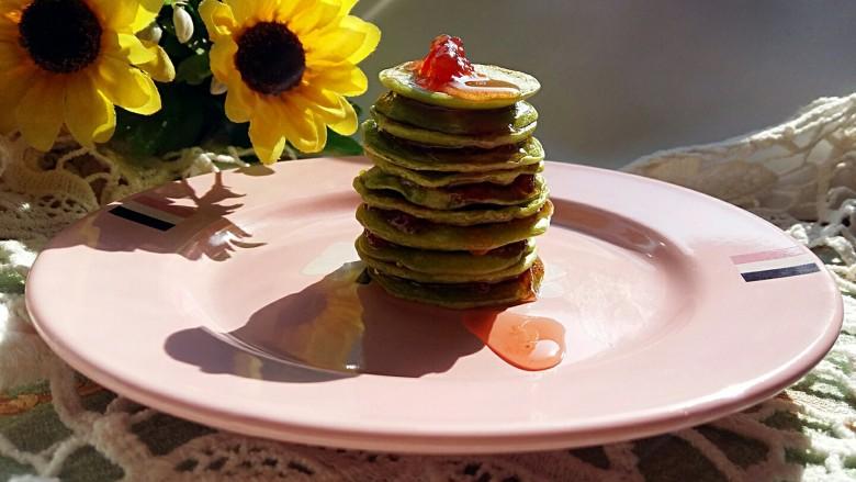 #绿色美食#草莓酱夹心软饼,逆光拍。。。