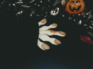 #万圣节#女巫手指饼干,撒上了少许番茄酱(^_^)