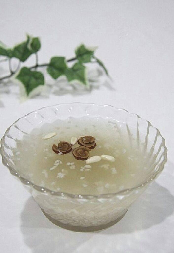 韩国传统饮料 식혜 米饮料