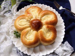 梅花奶酪面包