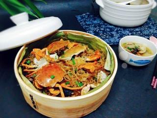 冬季一锅出+红鲟蒸红薯粉+简骨鸡枞菌萝卜汤,成品图