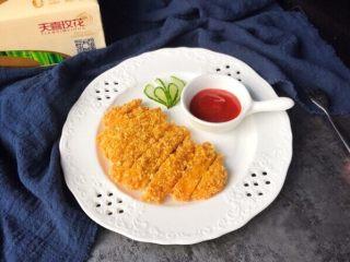 酥炸鸡排~在家就能自制更健康,成品:切块即可开吃,蘸番茄酱吃真的是极好的
