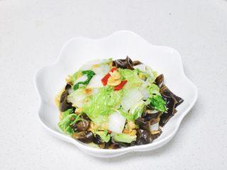酸辣白菜木耳炒虾米