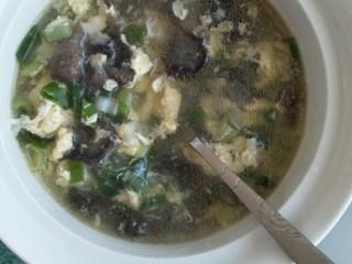 滋补海参汤,每天吃1个海参,强身健体