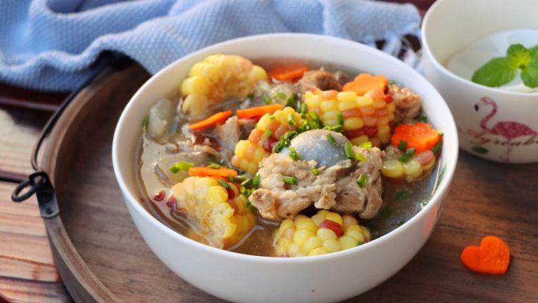 筒骨玉米冬瓜汤