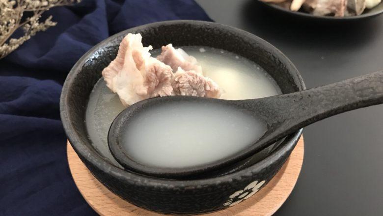 刺龟皮鸡爪龙骨汤,风高物燥的秋季里,来一碗,简直不要太美哟!