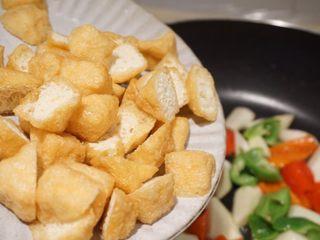 时令随炒,加入油豆腐