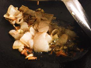 干锅枞菌,炒肉