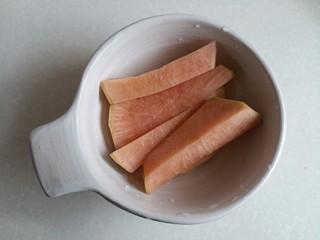 鸭腿黑蒜酸萝卜,自己泡的酸萝卜